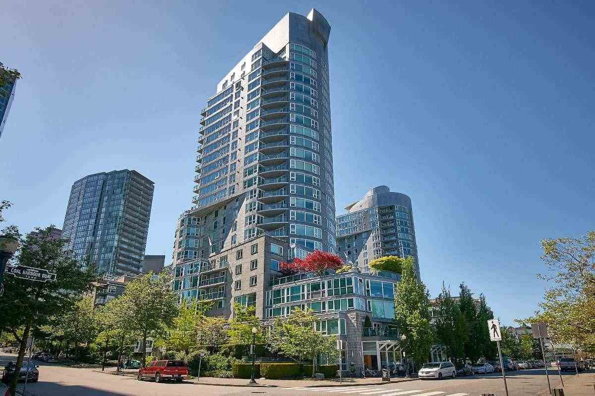 Main Photo: 1105 535 Nicola Street in : Coal Harbour Condo for sale (Vancouver West)  : MLS®# R2368386