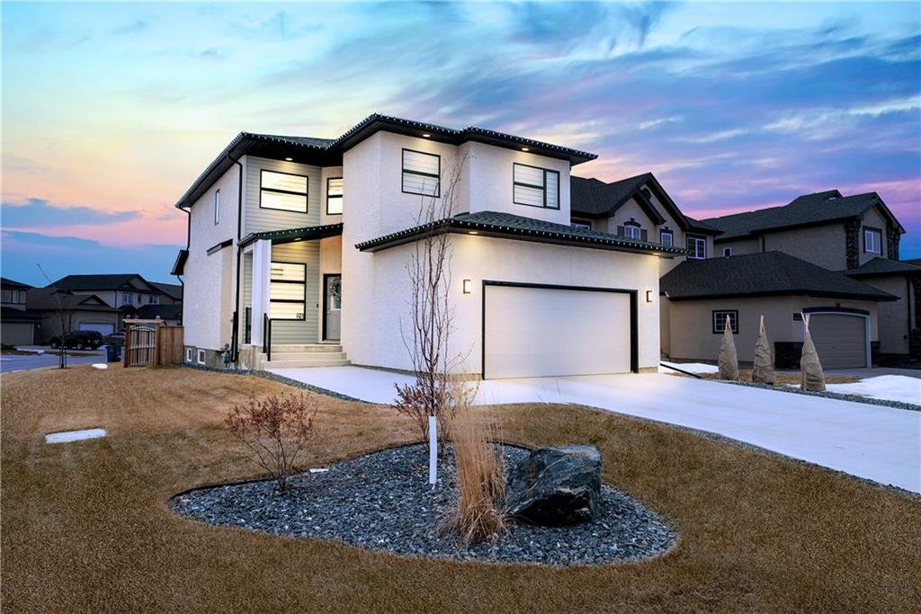 Main Photo: 26 Otter Lake Place in Winnipeg: South Pointe Residential for sale (1R)  : MLS®# 202007312