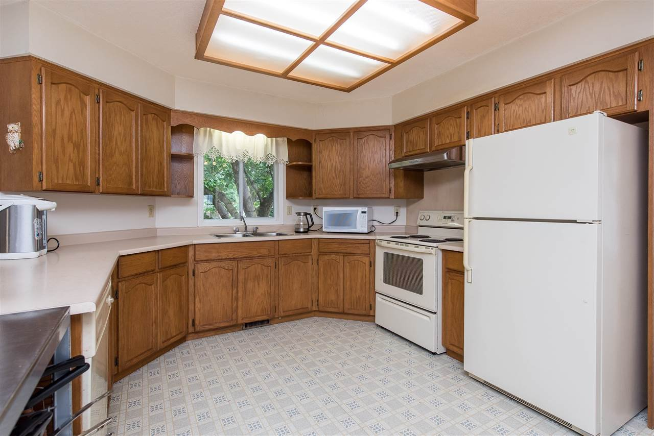 """Photo 14: Photos: 3440 CRESTON Drive in Abbotsford: Abbotsford West House for sale in """"Fairfield Estates"""" : MLS®# R2471100"""