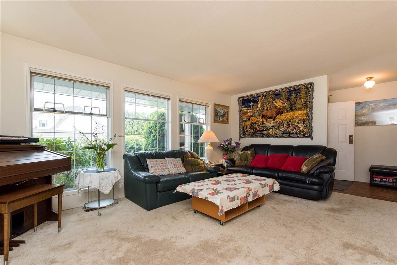 """Photo 5: Photos: 3440 CRESTON Drive in Abbotsford: Abbotsford West House for sale in """"Fairfield Estates"""" : MLS®# R2471100"""