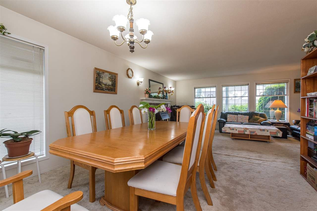 """Photo 9: Photos: 3440 CRESTON Drive in Abbotsford: Abbotsford West House for sale in """"Fairfield Estates"""" : MLS®# R2471100"""
