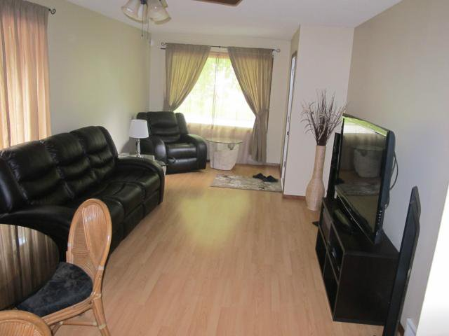 Photo 7: Photos:  in WINNIPEG: East Kildonan Residential for sale (North East Winnipeg)  : MLS®# 1312580