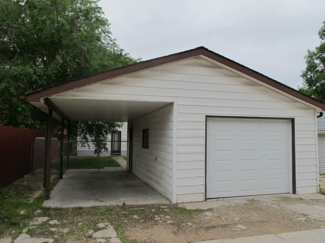 Photo 4: Photos:  in WINNIPEG: East Kildonan Residential for sale (North East Winnipeg)  : MLS®# 1312580