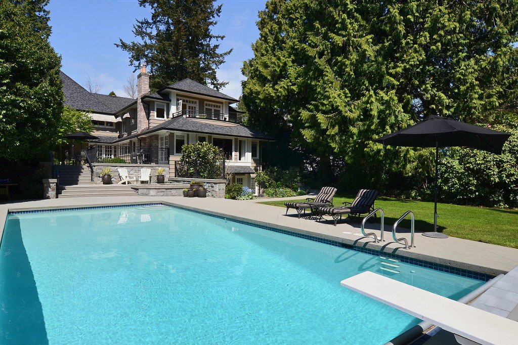 Main Photo: 2966 West 45th Avenue in Vancouver: Kerrisdale House for sale (vancouver)  : MLS®# v1005389