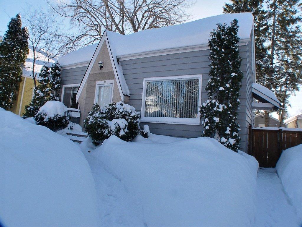 Main Photo: 92 Morier Avenue in Winnipeg: St Vital Residential for sale (South East Winnipeg)  : MLS®# 1403940
