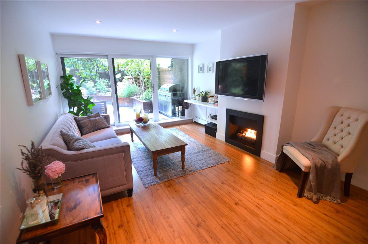Photo 3: Photos: 407 1405 W 15TH AVENUE in Vancouver: Fairview VW Condo for sale (Vancouver West)  : MLS®# R2070206