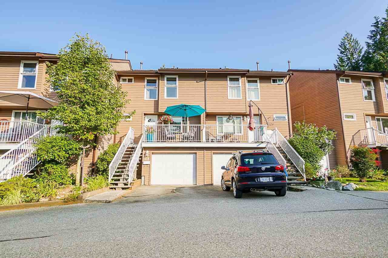 """Main Photo: 519 LEHMAN Place in Port Moody: North Shore Pt Moody Townhouse for sale in """"Eagle Point"""" : MLS®# R2395269"""