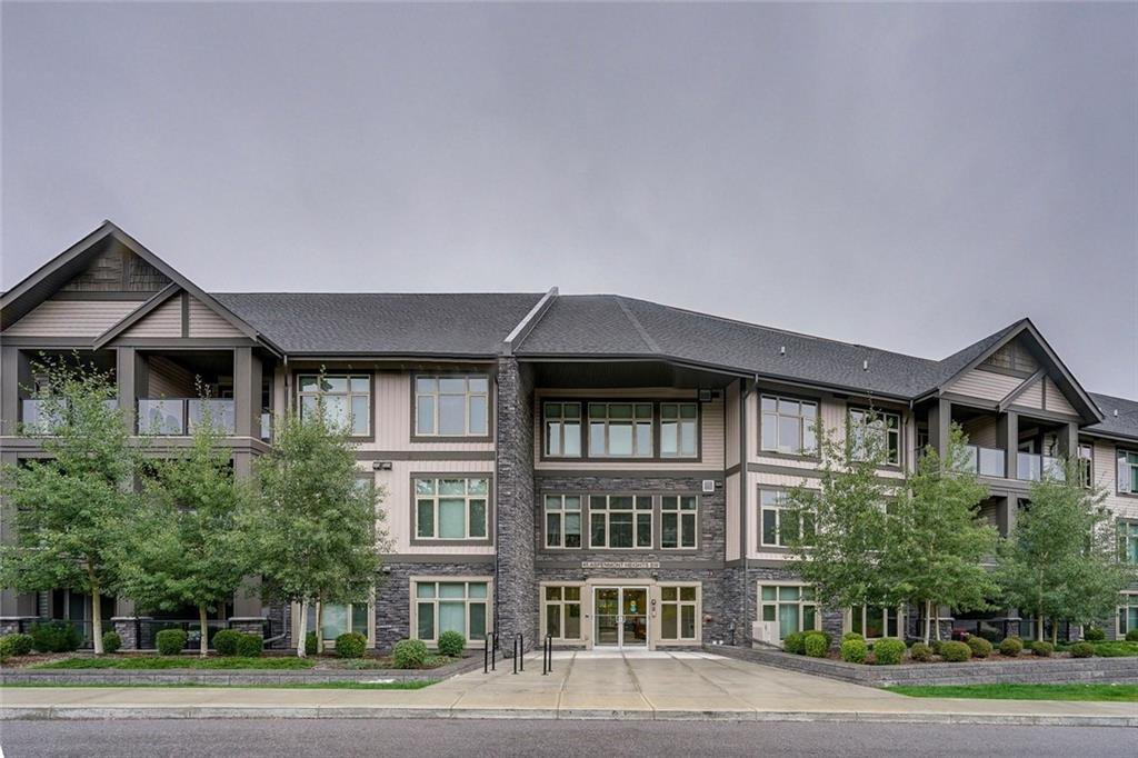 Main Photo: 306 45 ASPENMONT Heights SW in Calgary: Aspen Woods Apartment for sale : MLS®# C4267463