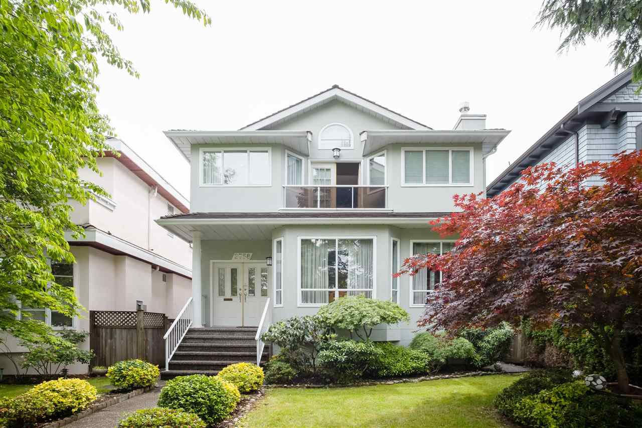 """Main Photo: 2758 W 24TH Avenue in Vancouver: Arbutus House for sale in """"SINGLE FAMILY"""" (Vancouver West)  : MLS®# R2466428"""