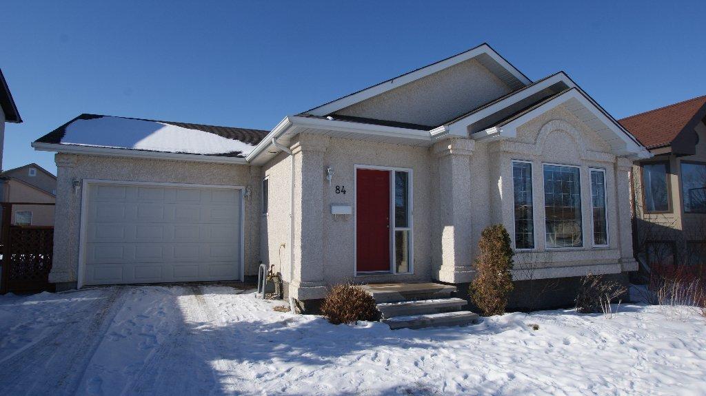 Main Photo: 84 Filbert Crescent in Winnipeg: North Kildonan Residential for sale (North East Winnipeg)