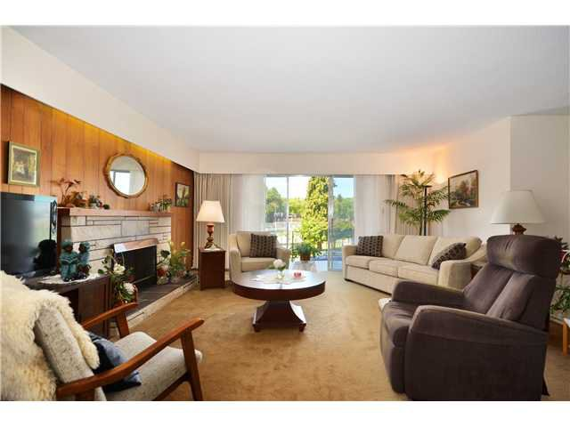 Photo 3: Photos: 5854 ROSS Street in Vancouver: Knight House for sale (Vancouver East)  : MLS®# V1021308