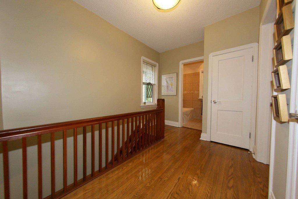 Photo 19: Photos: 762 Westminster Avenue in Winnipeg: Wolseley Single Family Attached for sale (West Winnipeg)  : MLS®# 1525222
