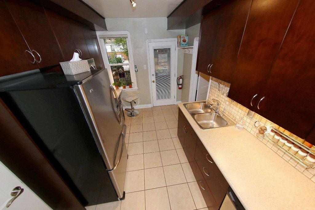 Photo 9: Photos: 762 Westminster Avenue in Winnipeg: Wolseley Single Family Attached for sale (West Winnipeg)  : MLS®# 1525222