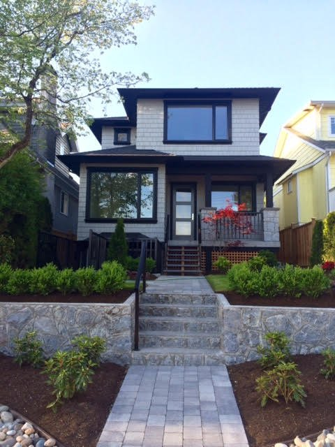 Main Photo: 228 E 27 Street in North Vancouver: Upper Lonsdale House for sale