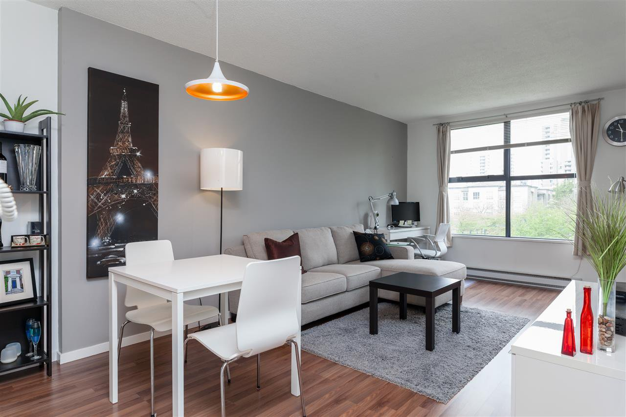 Main Photo: 305 5288 MELBOURNE STREET in Vancouver: Collingwood VE Condo for sale (Vancouver East)  : MLS®# R2056289