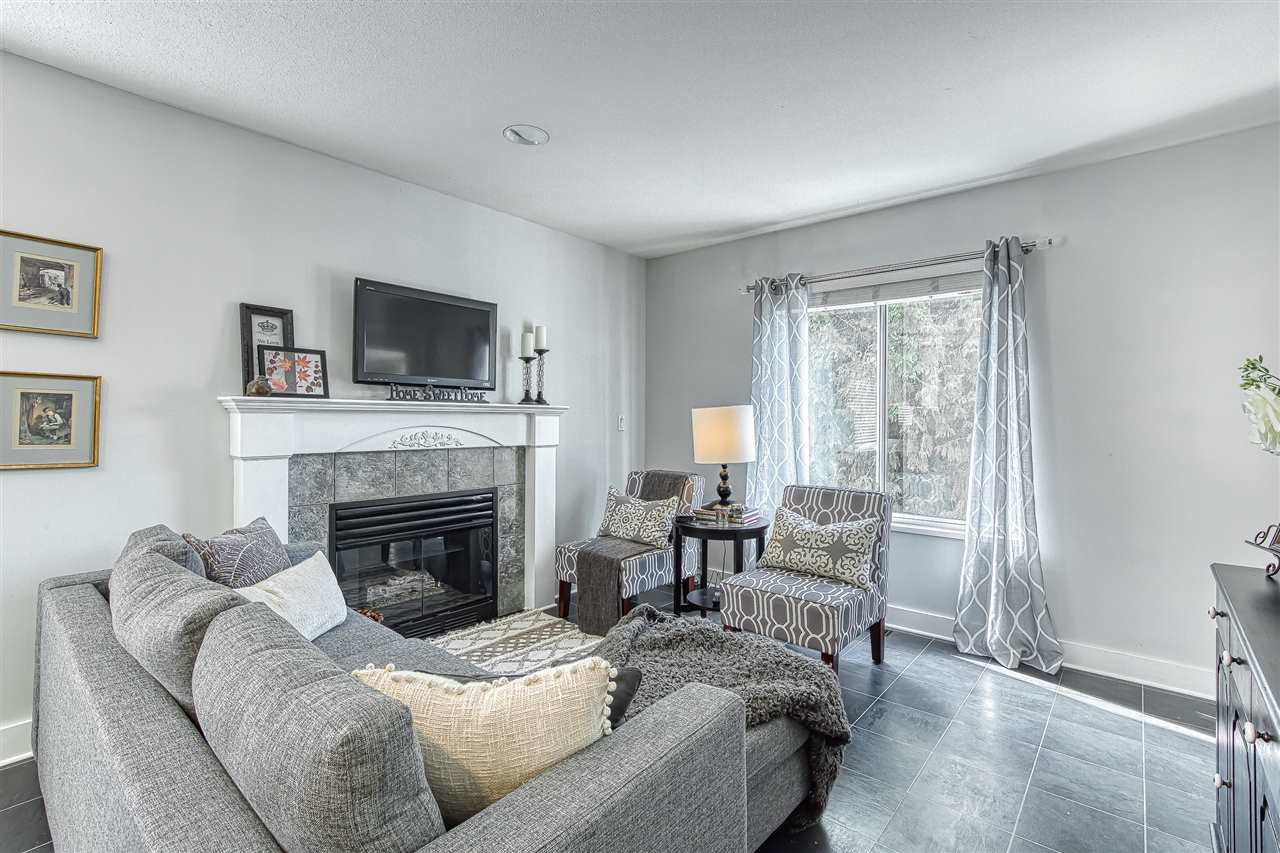 Photo 8: Photos: 11633 230B Street in Maple Ridge: East Central House for sale : MLS®# R2406561