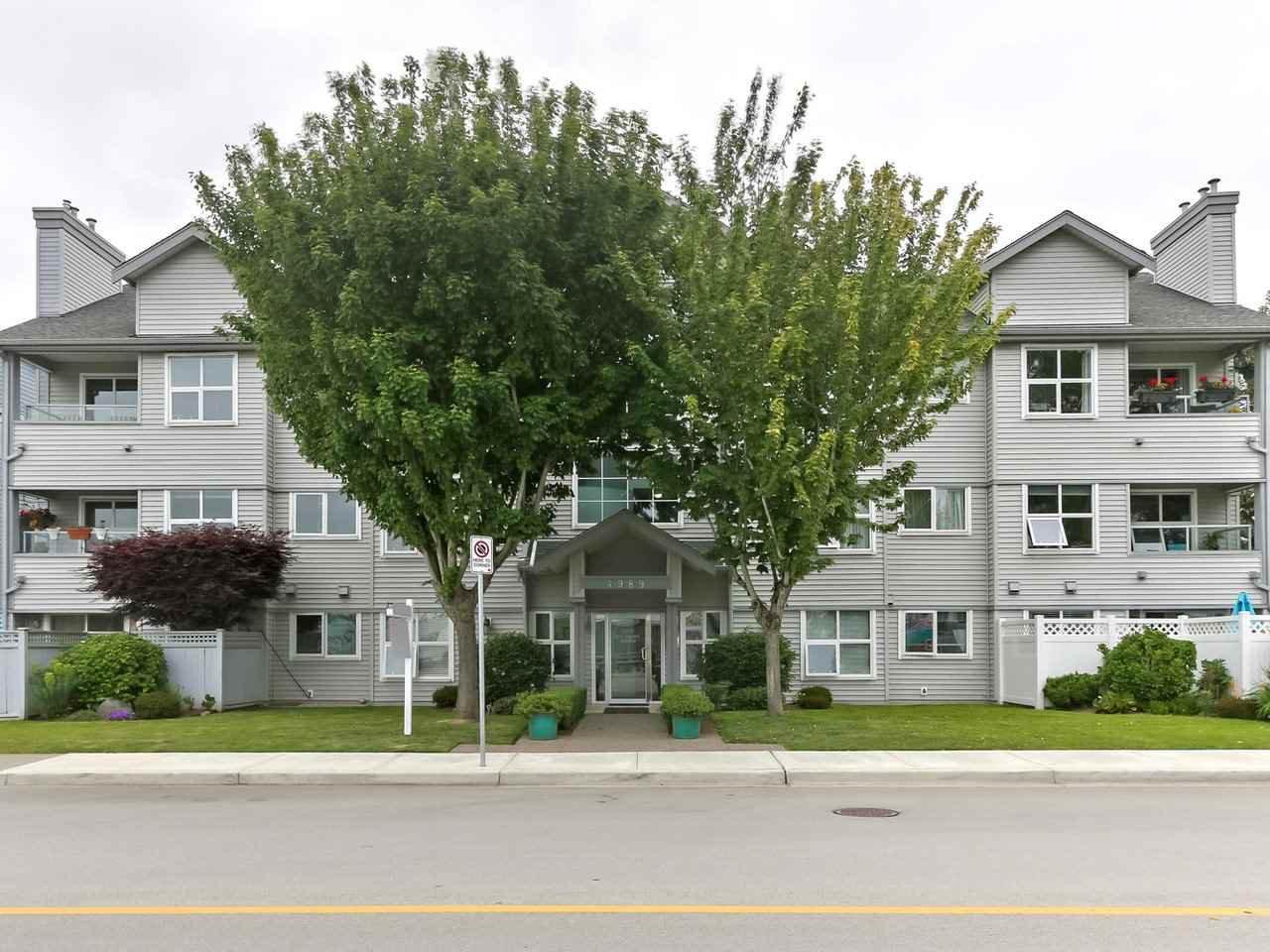 "Main Photo: 311 4989 47 Avenue in Delta: Ladner Elementary Condo for sale in ""PARK REGENT ESTATES"" (Ladner)  : MLS®# R2421936"