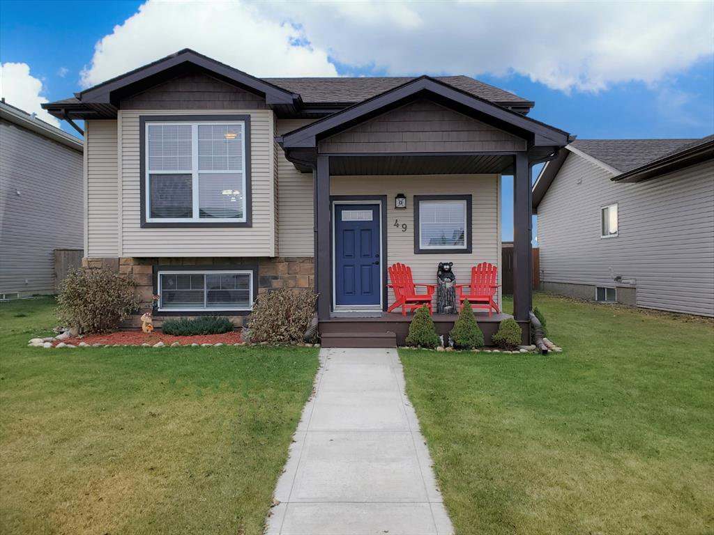 Main Photo: 49 Eastpointe Drive in Blackfalds: Panorama Estates Residential for sale : MLS®# A1046293