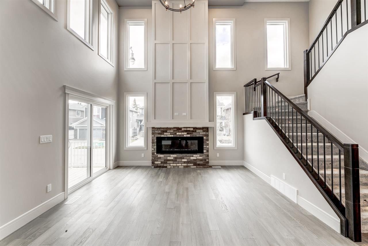 Main Photo: 7446 COLONEL MEWBURN Road in Edmonton: Zone 27 House for sale : MLS®# E4222436