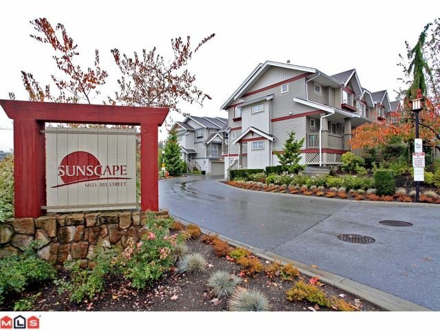 Main Photo: 40 6651 203RD Street in Langley: Willoughby Heights Condo for sale : MLS®# F1225827
