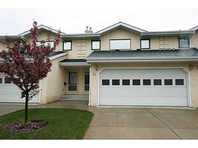 Main Photo: 25 200 SANDSTONE Drive NW in CALGARY: Sandstone Residential Attached for sale (Calgary)  : MLS®# C3570916