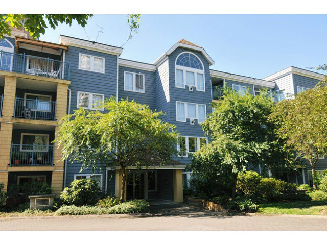 "Main Photo: 409 3065 PRIMROSE Avenue in Coquitlam: North Coquitlam Condo for sale in ""LAKESIDE TERRACE"" : MLS®# V1019920"