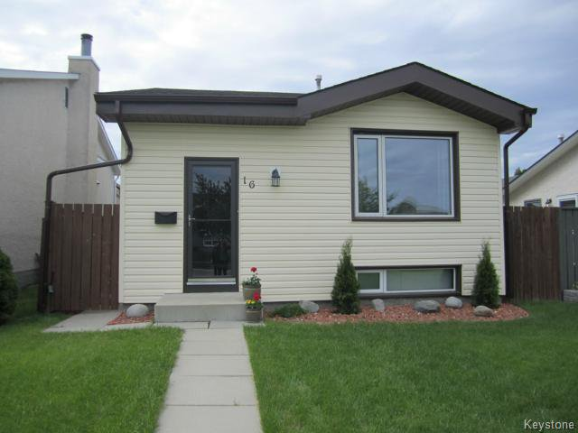 Main Photo: 16 Red Maple Road in Winnipeg: Residential for sale : MLS®# 1210749