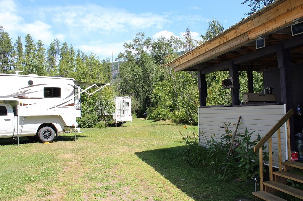 Photo 9: Photos: 7605 Highway 95 in Kingsgate: House for sale (Nelson Rural)  : MLS®# 2408578