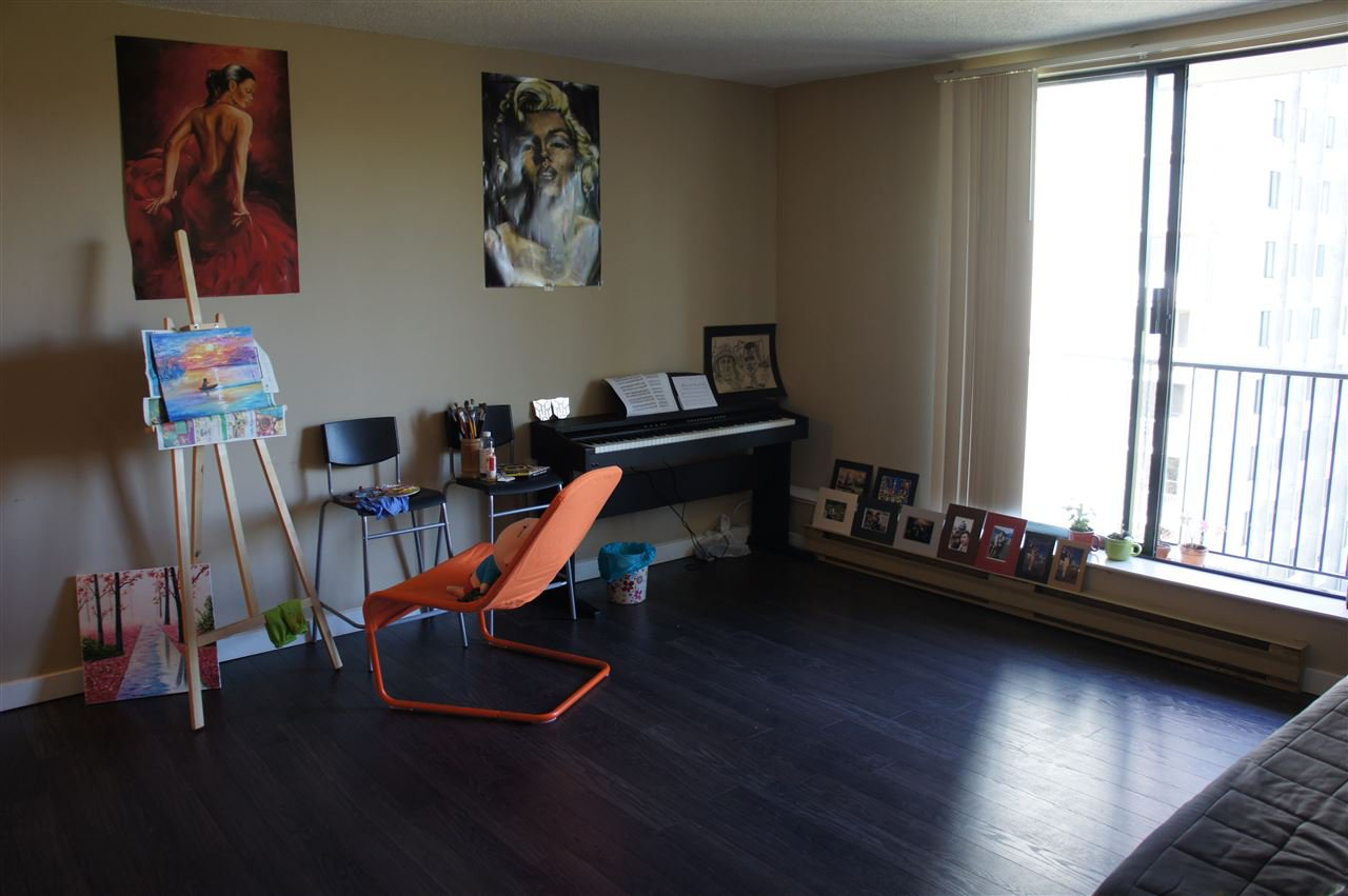 Photo 2: Photos: 702 9595 ERICKSON DRIVE in Burnaby: Sullivan Heights Condo for sale (Burnaby North)  : MLS®# R2112084