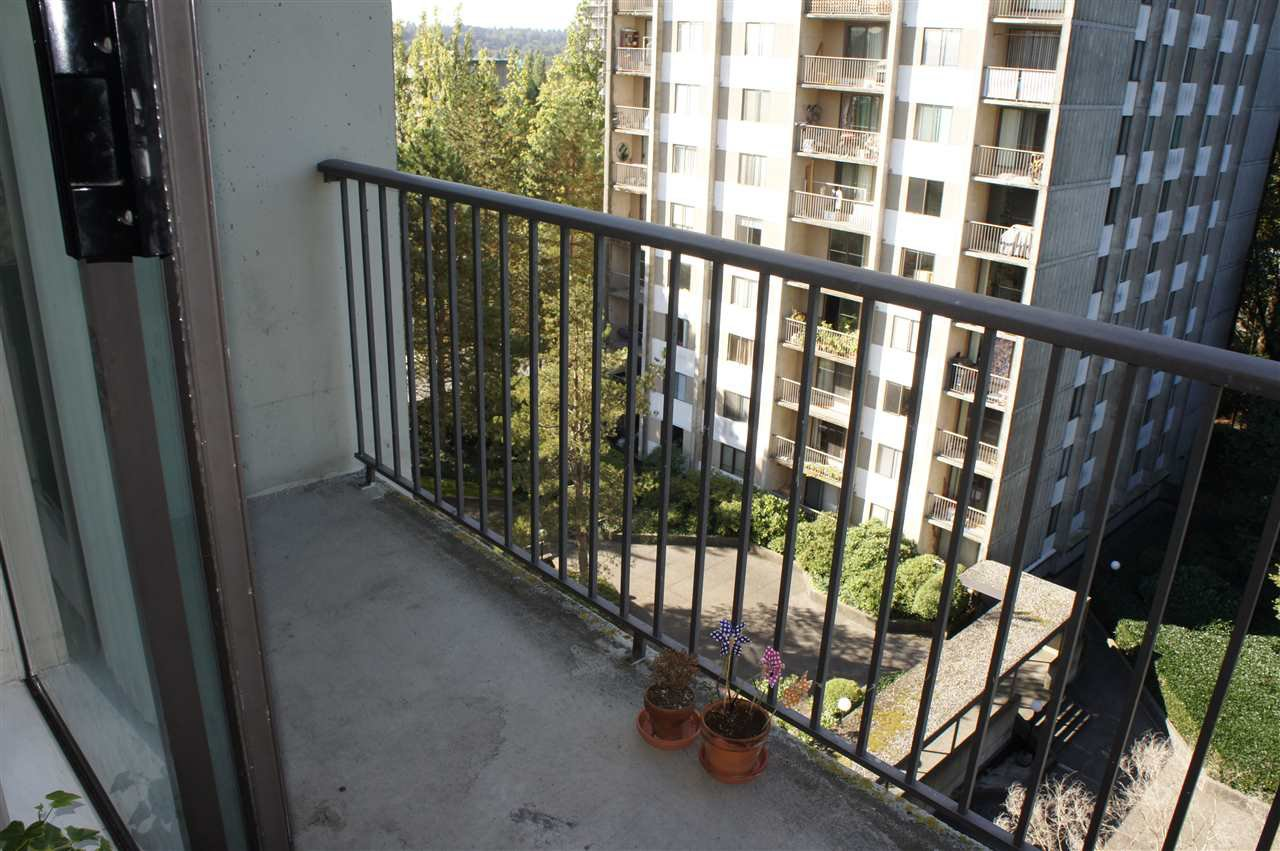 Photo 14: Photos: 702 9595 ERICKSON DRIVE in Burnaby: Sullivan Heights Condo for sale (Burnaby North)  : MLS®# R2112084