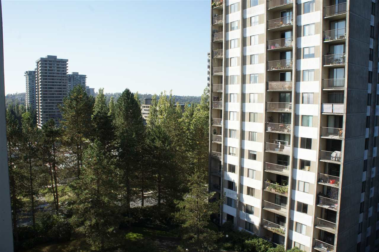 Photo 12: Photos: 702 9595 ERICKSON DRIVE in Burnaby: Sullivan Heights Condo for sale (Burnaby North)  : MLS®# R2112084