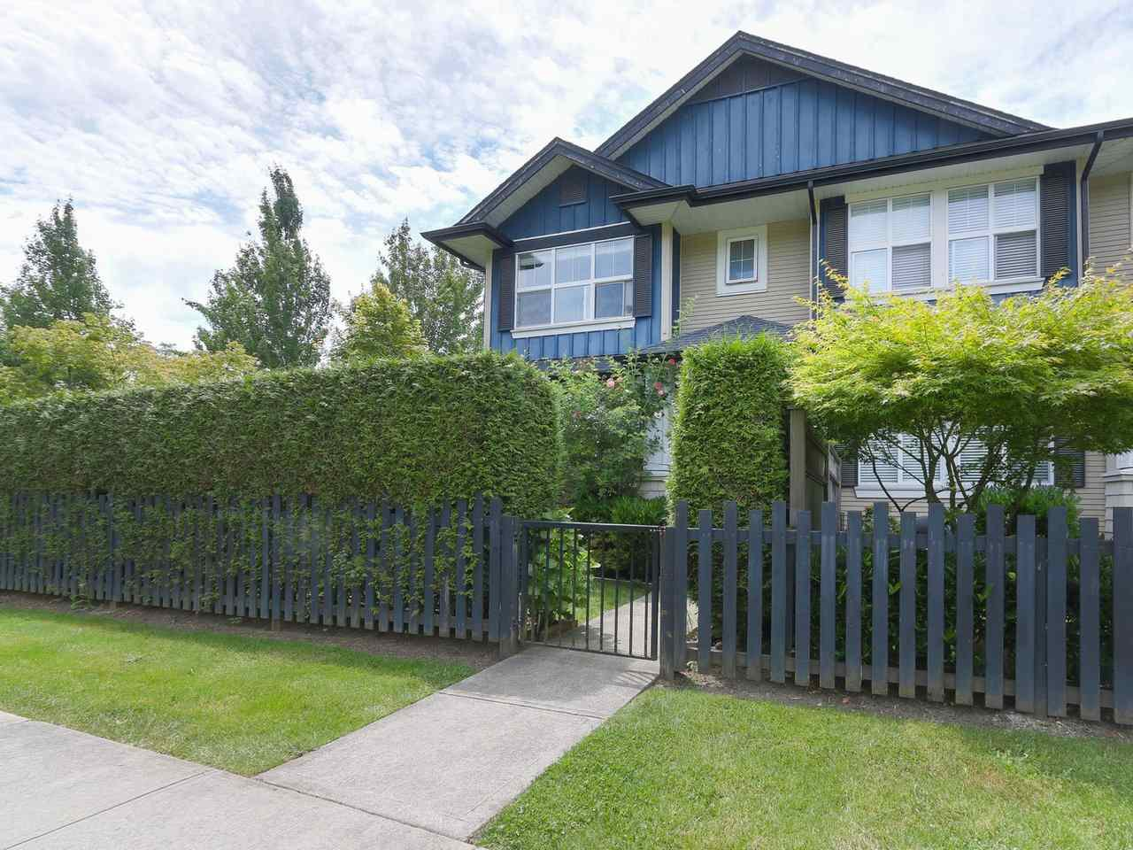 """Main Photo: 1 18199 70 Avenue in Surrey: Cloverdale BC Townhouse for sale in """"AUGUSTA"""" (Cloverdale)  : MLS®# R2418481"""
