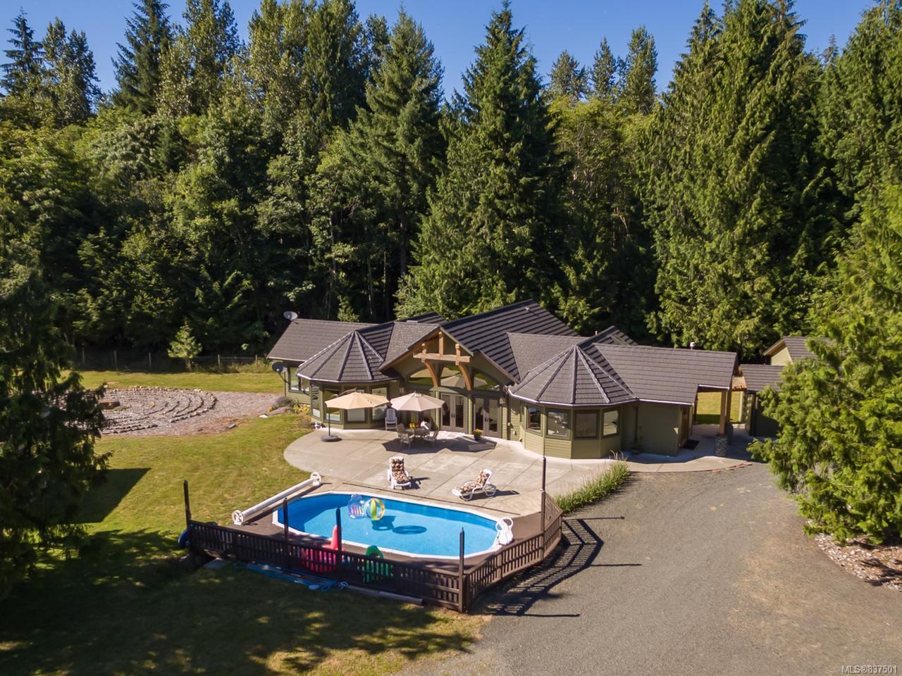 Main Photo: 5584 Prendergast Rd in COURTENAY: CV Courtenay West House for sale (Comox Valley)  : MLS®# 837501