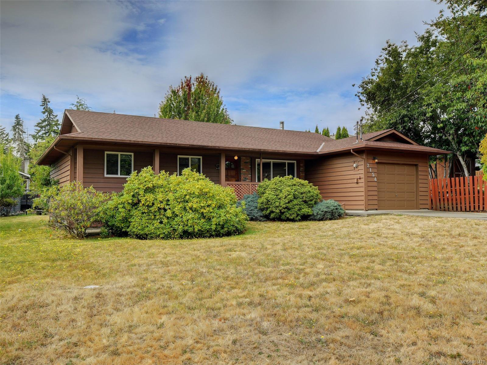 Main Photo: 2154 French Rd in : Sk Broomhill House for sale (Sooke)  : MLS®# 853473