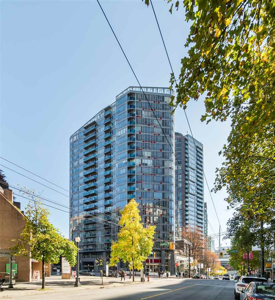 """Main Photo: 1709 788 HAMILTON Street in Vancouver: Downtown VW Condo for sale in """"TV TOWER"""" (Vancouver West)  : MLS®# R2489935"""
