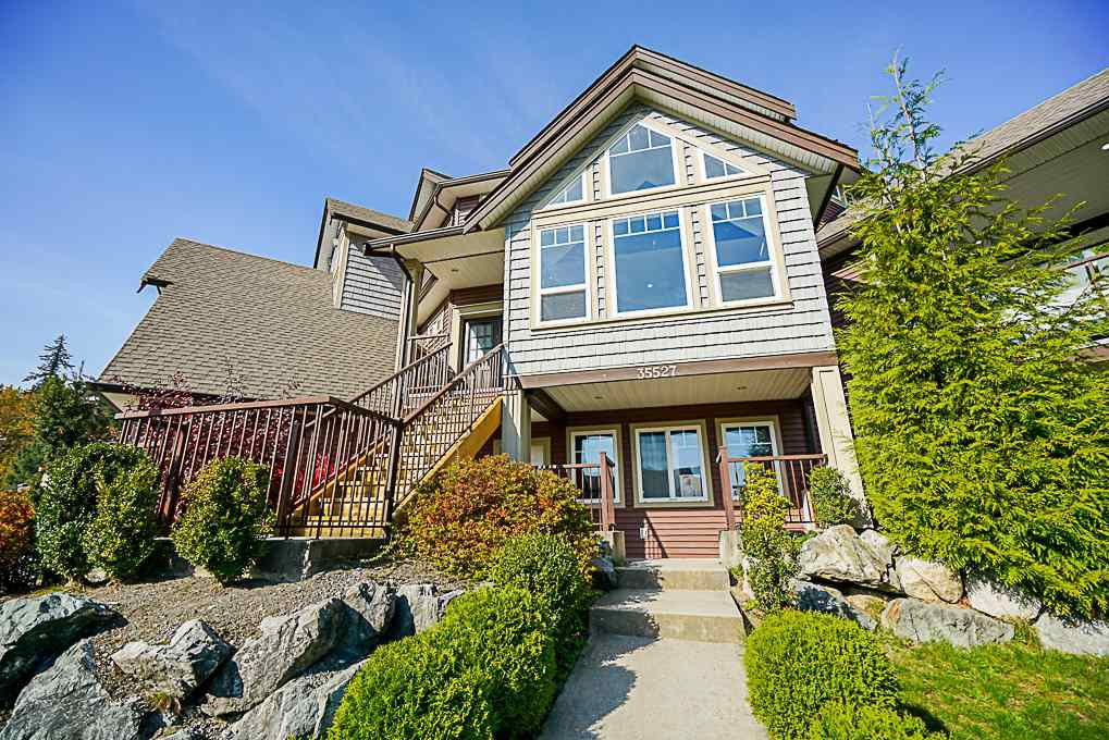 """Main Photo: 35527 ZANATTA Place in Abbotsford: Abbotsford East House for sale in """"PARKVIEW RIDGE"""" : MLS®# R2503422"""
