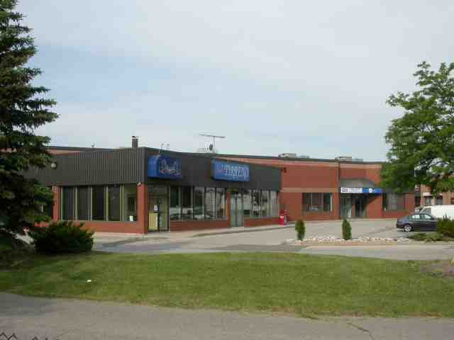 Main Photo: 4 7885 Tranmere Drive in Mississauga: Northeast Property for lease : MLS®# W2552128