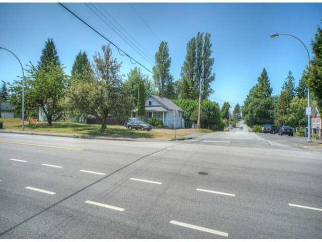 Photo 4: Photos: 9739 128TH Street in Surrey: Cedar Hills House for sale (North Surrey)  : MLS®# F1418313