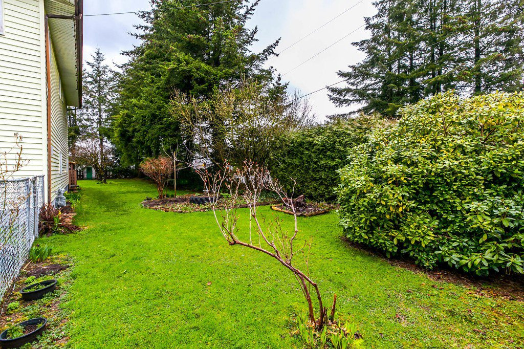 Photo 4: Photos: 27011 29 Avenue in Langley: Aldergrove Langley House for sale : MLS®# R2150710