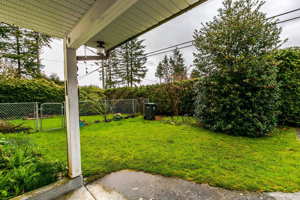Photo 6: Photos: 27011 29 Avenue in Langley: Aldergrove Langley House for sale : MLS®# R2150710