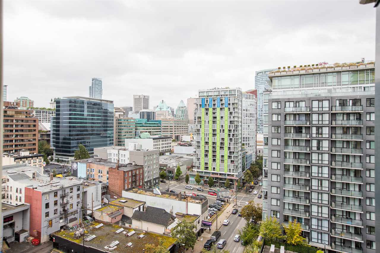 "Main Photo: 1803 1082 SEYMOUR Street in Vancouver: Downtown VW Condo for sale in ""FREESIA"" (Vancouver West)  : MLS®# R2489764"
