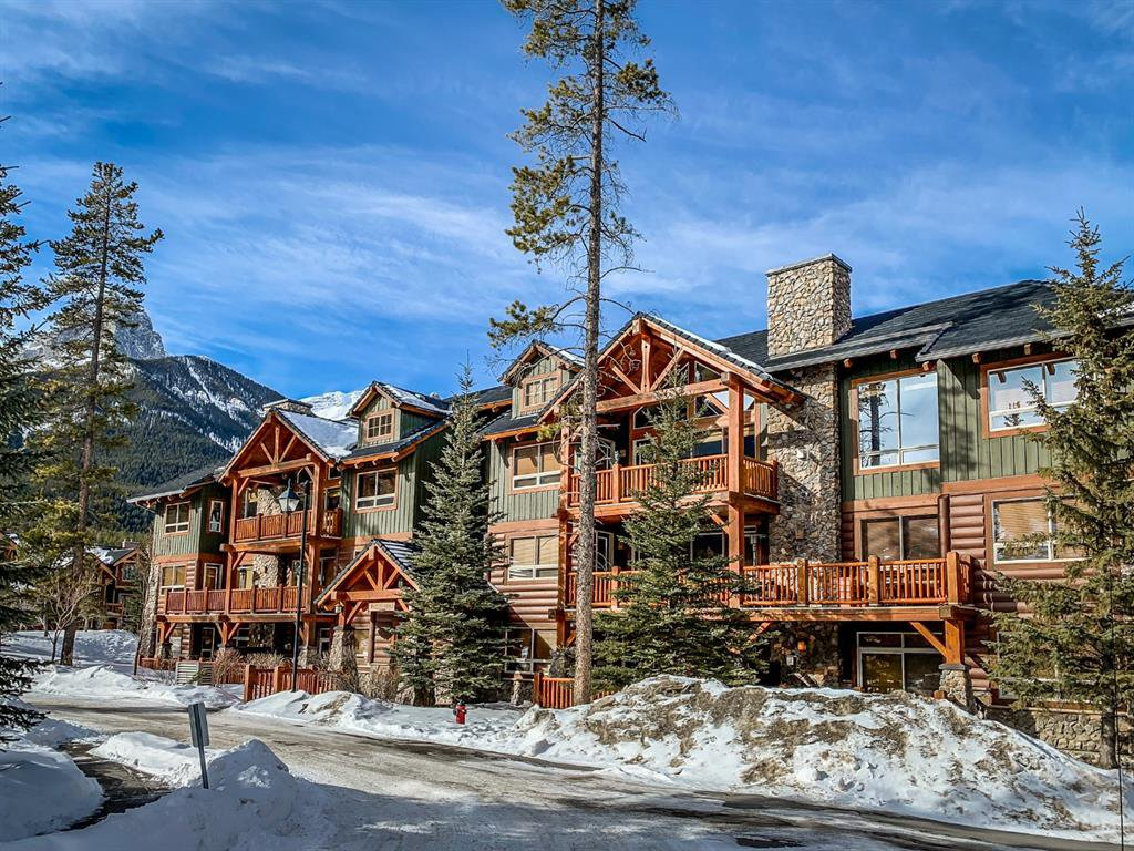 Main Photo: 130 104 Armstrong Place: Canmore Apartment for sale : MLS®# A1031572