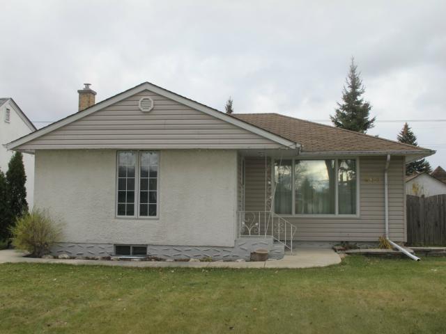 Main Photo:  in WINNIPEG: East Kildonan Residential for sale (North East Winnipeg)  : MLS®# 1222039