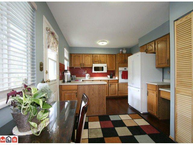 Main Photo: 11082 84A AV in Delta: Nordel House for sale (N. Delta)  : MLS®# F1202372