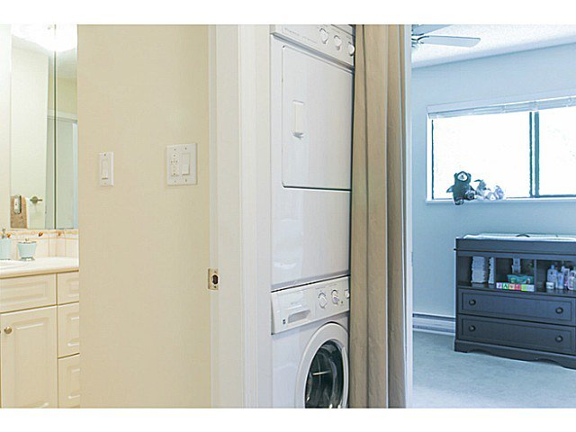 """Photo 15: Photos: 4142 GARDEN GROVE Drive in Burnaby: Greentree Village Townhouse for sale in """"GREENTREE VILLAGE"""" (Burnaby South)  : MLS®# V1082218"""