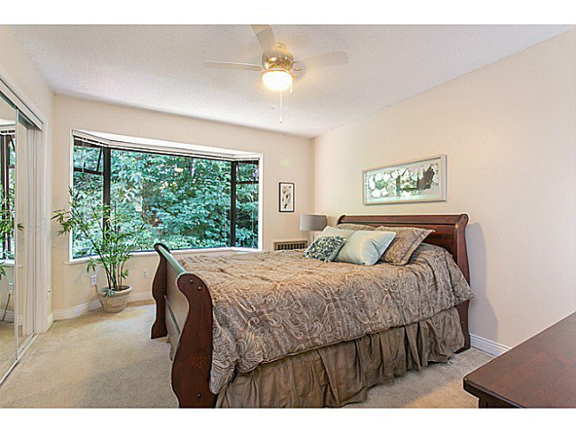 """Photo 11: Photos: 4142 GARDEN GROVE Drive in Burnaby: Greentree Village Townhouse for sale in """"GREENTREE VILLAGE"""" (Burnaby South)  : MLS®# V1082218"""