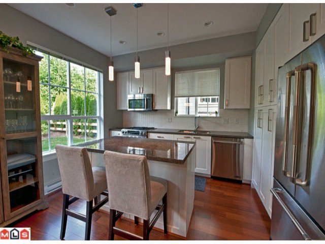 Photo 6: Photos: 67 2501 161a Street in : Grandview Surrey Townhouse for sale (South Surrey White Rock)  : MLS®# f1224451