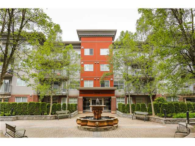 Main Photo: # 204 3250 ST JOHNS ST in Port Moody: Port Moody Centre Condo for sale : MLS®# V1123972