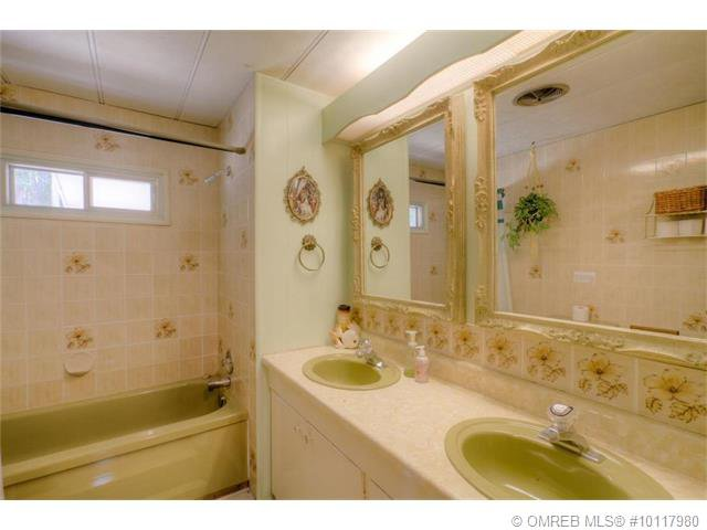 Photo 29: Photos: PL D 2639 Eagle Bay Road in Eagle Bay: Reedman Point House for sale : MLS®# 10117980