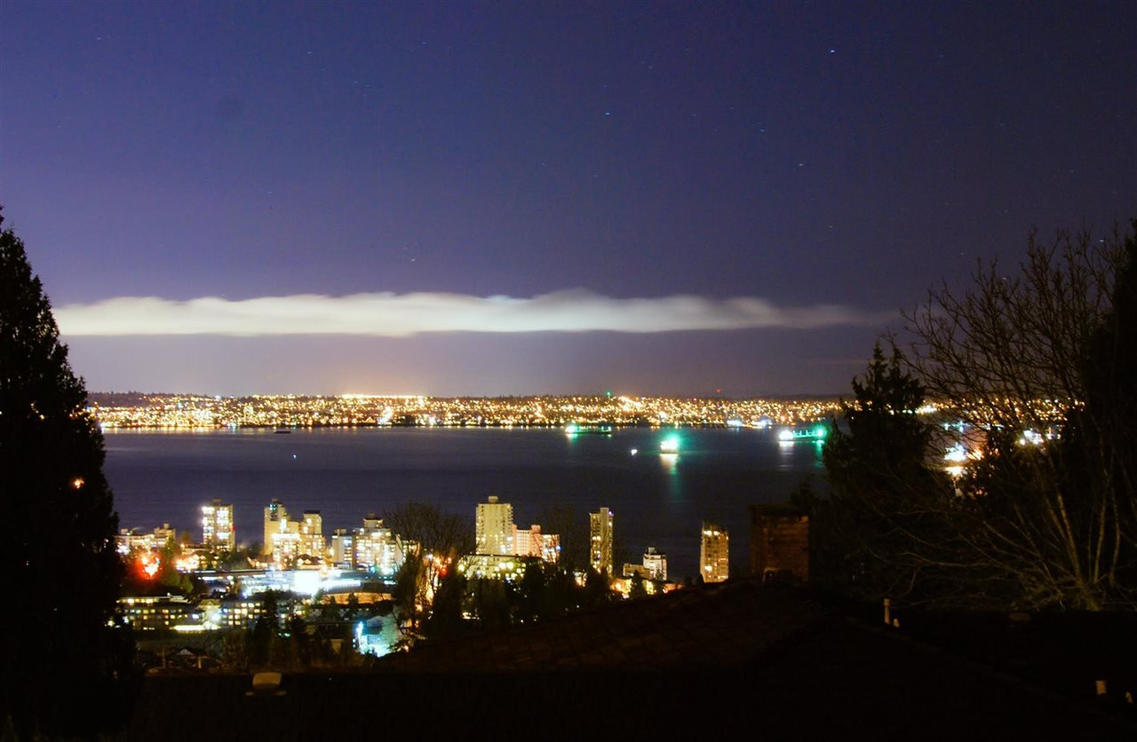 Photo 3: Photos: 1965 22ND STREET in West Vancouver: Queens House for sale : MLS®# R2140960